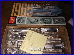 125 Vintage AMT 6625 1965 Pontiac Bonneville Orig George Barris Custom NICE KIT