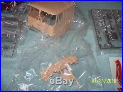 132 AMT / Matchbox Ford CL-9000 COE snap fit kit, opened