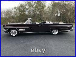 1960 Lincoln Convertible Pro Built Model