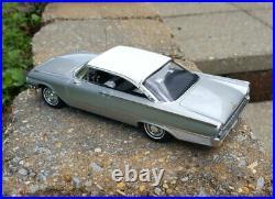 1961 Ford Galaxie Starliner Pro Built 1/25 Flinstone Resin AMT