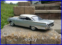 1961 Ford Galaxie Starliner Pro Built 1/25 Resin / AMT