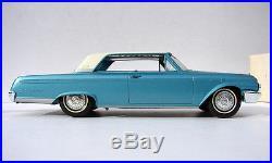 1962 Ford Galaxie 500 2-door Hardtop Promo Model Amt