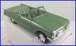 1963 Mercury Comet convertible promo AMT 1/25 met. Green excellent, near mint