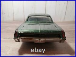 1967 Chrysler 300 Three Hundred Dealer Promo 125 Plastic Model Car AMT