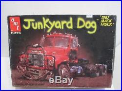 1967 Mack Truck Junk Yard Dog Model Kit Amt Mint In Box