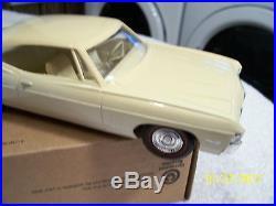 1968 Chevrolet Impala SS 427 2 Door Hdtp Coupe Dealer Promo Model Car AMT