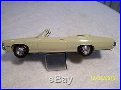 1968 Chevrolet Impala SS 427 Convertible Dealer Promo Model Car AMT
