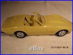 1968 Corvette Roadster Promo Car AMT 1/25