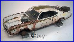 1969 Hurst Oldsmobile Pro Built Weathered Barn Find Junkyard Custom 1/25 AMT