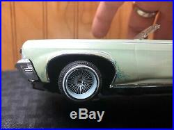 1970 Chevy Impala Convertible Custom Paint Pro-Built Lowrider Wire Wheels Detail