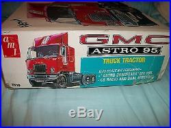 1970s GMC ASTRO 95 TRUCK TRACTOR & CITY TRANSPORTER 5 CAR HAULER TRAILER AMT
