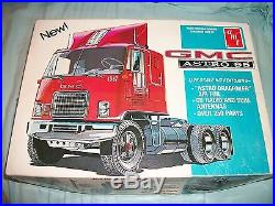 1970s GMC ASTRO 95 TRUCK TRACTOR & CITY TRANSPORTER 5 CAR HAULER TRAILER AMT