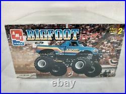 1993 AMT ERTL Bigfoot Monster Truck Ford Racing 125 Model Kit # 8149