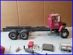 1/25 AMT Ford LN 8000 Oakland Builder Supply Junkyard Project Wheels Roll