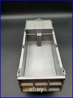 1/25 AMT Kenworth C-500 Montone Dump Bed Resin Floats 2 Hole Budd Lug Drives
