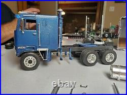 1/25 AMT Kenworth T520 Built Junkyard Torsion Bar suspension