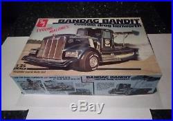 1/25 AMT Tyrone Malone Kenworth Bandag Bandit Drag Truck Opened