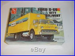 1/25 AMT Vintage Ford C-600 Hertz City Delivery Van Model Kit! Sealed