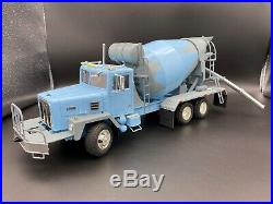 1/25 ERTL International PayStar 5000 Mixer truck Adult built NICE Paint
