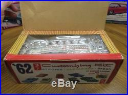 1/25 Original Amt 1962 Ford Falcon Unbuilt Model With Display Box Kit # S1062