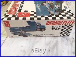1/25 Richard Petty Race Team By AMT Nascar Very Rare