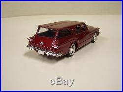 1/25 Scale 1961 Plymouth Valiant Suburban Wagon Promo Model Car. Amt/jo-han