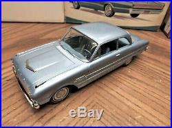 1/25 Vintage Amt 1962 Ford Falcon Caspian Blue Clean Dealer Promo