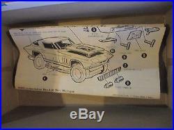 1/25 Vintage Original Amt 6926 1966 Corvette Stingray Fast-back Model Kit