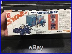 1/32 NEW AMT/Matchbox MACK SUPERLINER SUPER-LINER Semi Truck