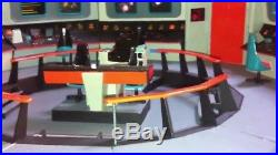 2013 AMT Star Trek Enterprise Bridge Set 132 Scale Model Kit 808 with 6 figures 9