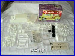 3-1970's-amt Custom Van Model Kits-chev-ford-huyer Hut-foxy Box-cuckoo Nest