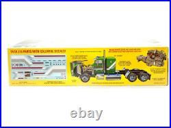 AMT 125 Freightliner FLC Semi Tractor American Truck Plastic Kit