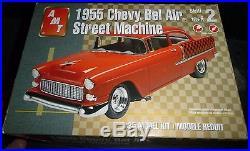 AMT 1955 CHEVY SEDAN STREET -Model Car Mountain 1/25 FS