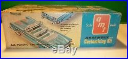 AMT 1958 FORD FAIRLANE CONVERTIBLE WithBOX 1/25 VINTAGE MODEL CAR MOUNTAIN