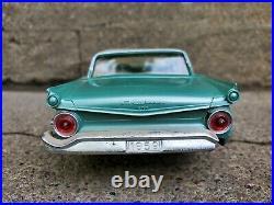 AMT 1959 Ford Galaxie Fairlane 500 Dealer Friction Promo 125 Plastic Model Car