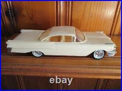 AMT 1959 Pontiac Bonneville Hardtop Built Unpainted Model Kit Very Nice