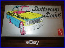 AMT 1960 Pontiac Bonneville Buttercup Bomb 1/25