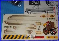 AMT 1962 Ford F-100 Pickup-3 in1 Kit Trailer K-132-Open Box-Model Car Swap Meet