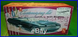 AMT 1962 IMPERIAL CONVERTIBLE annual 1/25 Model Car Mountain #k812
