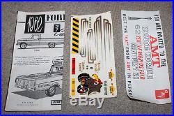AMT 1962 Pick Up Truck Customizing Kit F-100 1 1/25 Model Kit Custom Car Boxed