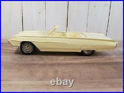 AMT 1963 Ford Thunderbird Convertible Promo 125 Plastic Model Car Fender Skirts