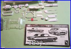 AMT 1963 Ford Thunderbird Hardtop 3-in-1 Annual Customizing Kit Unbuilt 643