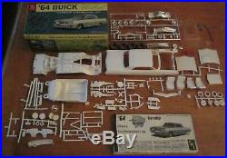 AMT 1964 Buick Wildcat Hardtop HT 3-in-1 Annual Kit #6524 Unbuilt in Box 64