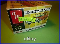 AMT 1964 CHEVELLE STATION WAGON ANNUAL 1/25 Model Car Mountain