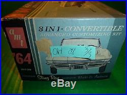 AMT 1964 Corvette Convertible With Trailer annual 1/25 Model Car Mountain #6914
