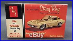 AMT 1964 Corvette Sting Ray Customizing 6924 COUPE 1/25 Model Car Mountain