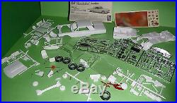 AMT 1964 FORD THUNDERBIRD HARDTOP 3N1 ANNUAL VINTAGE Model Car Mountain 1/25