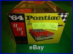 AMT 1964 PONTIAC TEMPEST ANNUAL HARDTOP VINTAGE 1/25 Model Car Mountain 5624