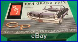 AMT 1964 Pontiac Grand Prix HARDTOP Original annual MODEL CAR MOUNTAIN 1/25 6654