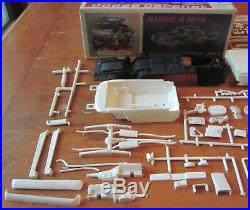 AMT 1965 Dodge Coronet Hemi Ramcharger 3-in1 Annual Kit # 6025 Unbuilt in Box 65